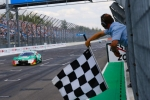 Victorious Müller turns up the heat in DTM title fight
