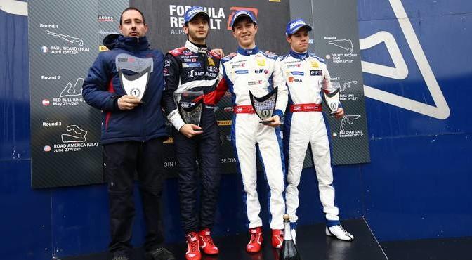 podium_2305