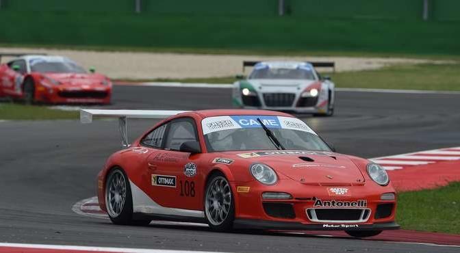 Matteo Desideri (Antonelli Motorsport,Porsche 997 Cup #108)