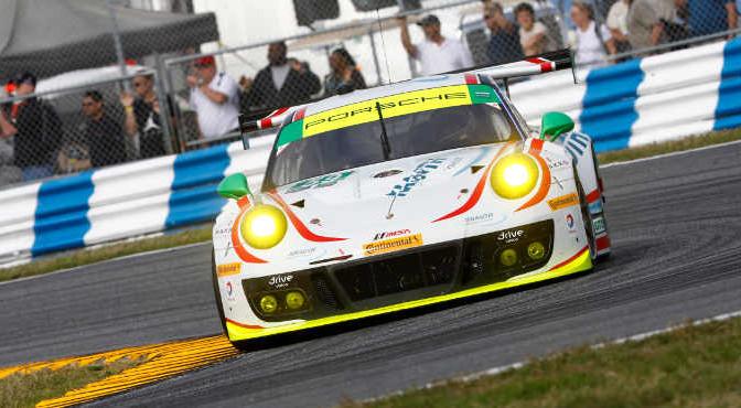 59 Porsche 911 GT3 R, S.Smith, N.Reimer, R.Renger, H.Proczyk, Sven Mueller