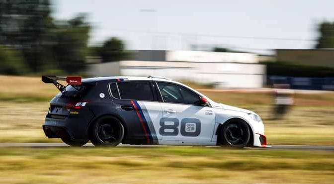 AUTO - PRESS PRESENTATION PEUGEOT 308 RACING CUP - 2016