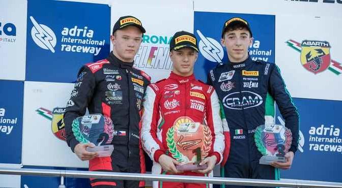 podium1_2304