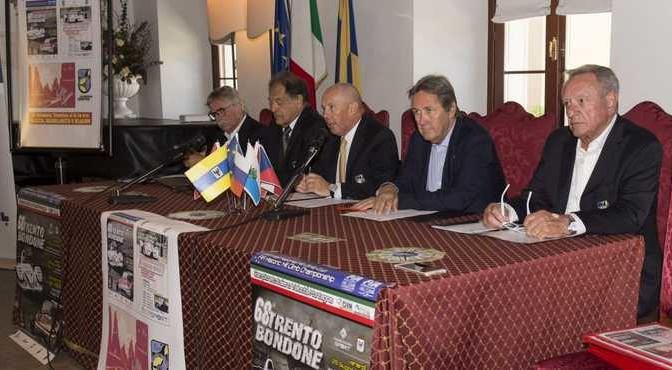conferenzastampa_2006