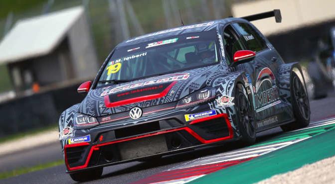 Michele Imberti (Elite Motorsport, Volkswagen Golf GTI TCR DSG #19)